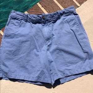 Izod light blue men's short.